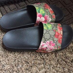 Gucci flower slides